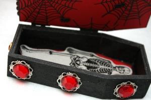 Coffin details 1